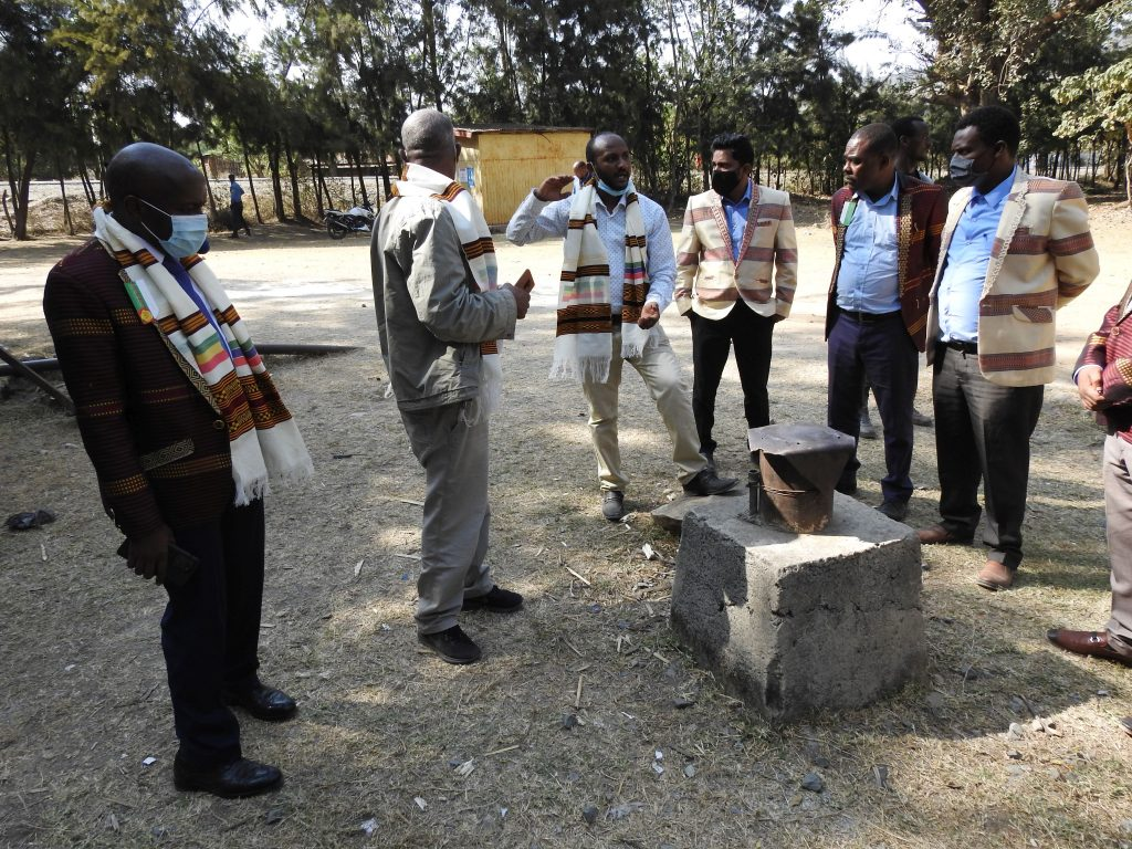 Site visit to boreholes that will supply residents of Hawassa with potable water due to operation of the pumps Copyright: NatuReS Ethiopia